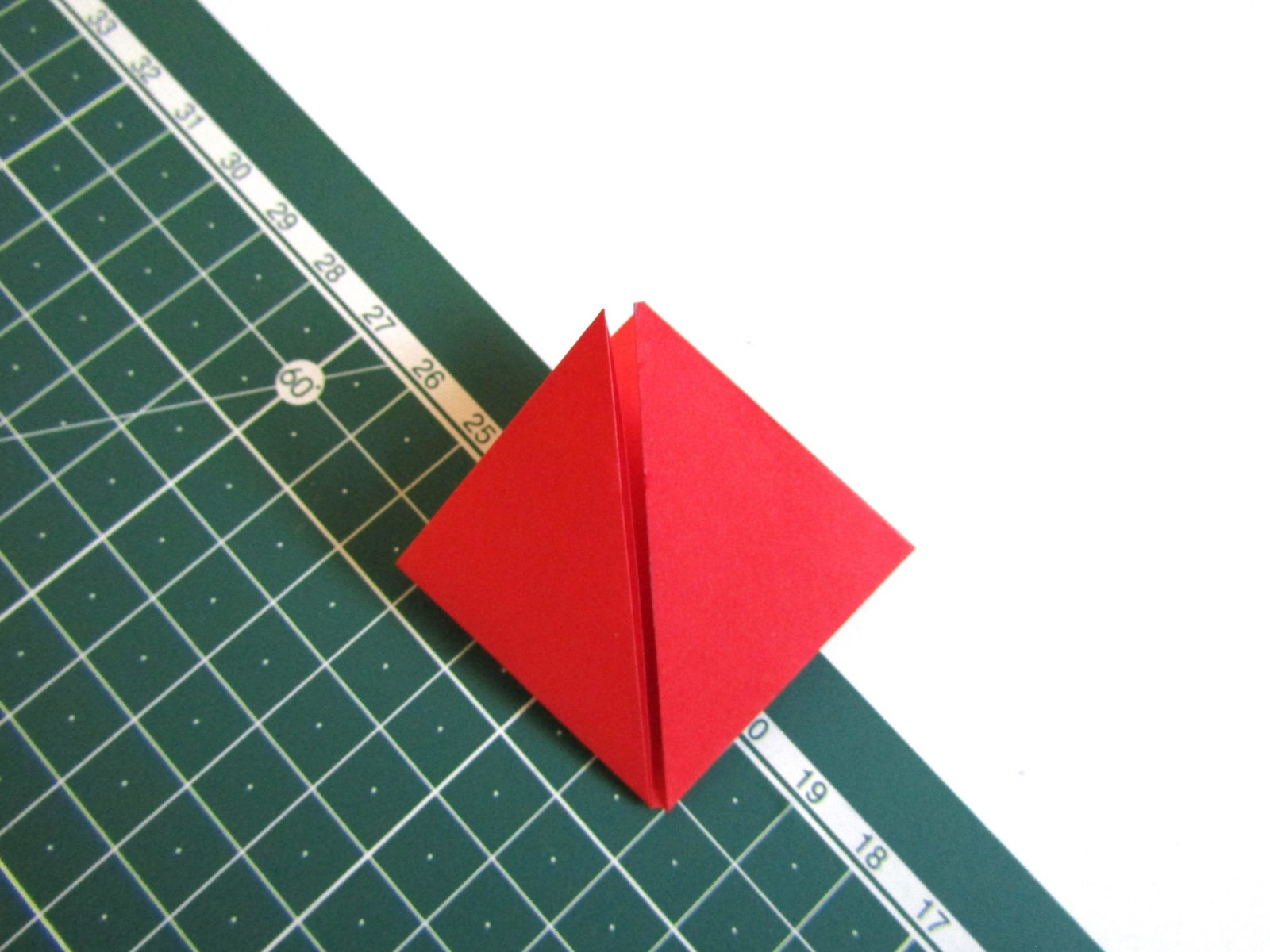 Оригами тюльпан из бумаги -6