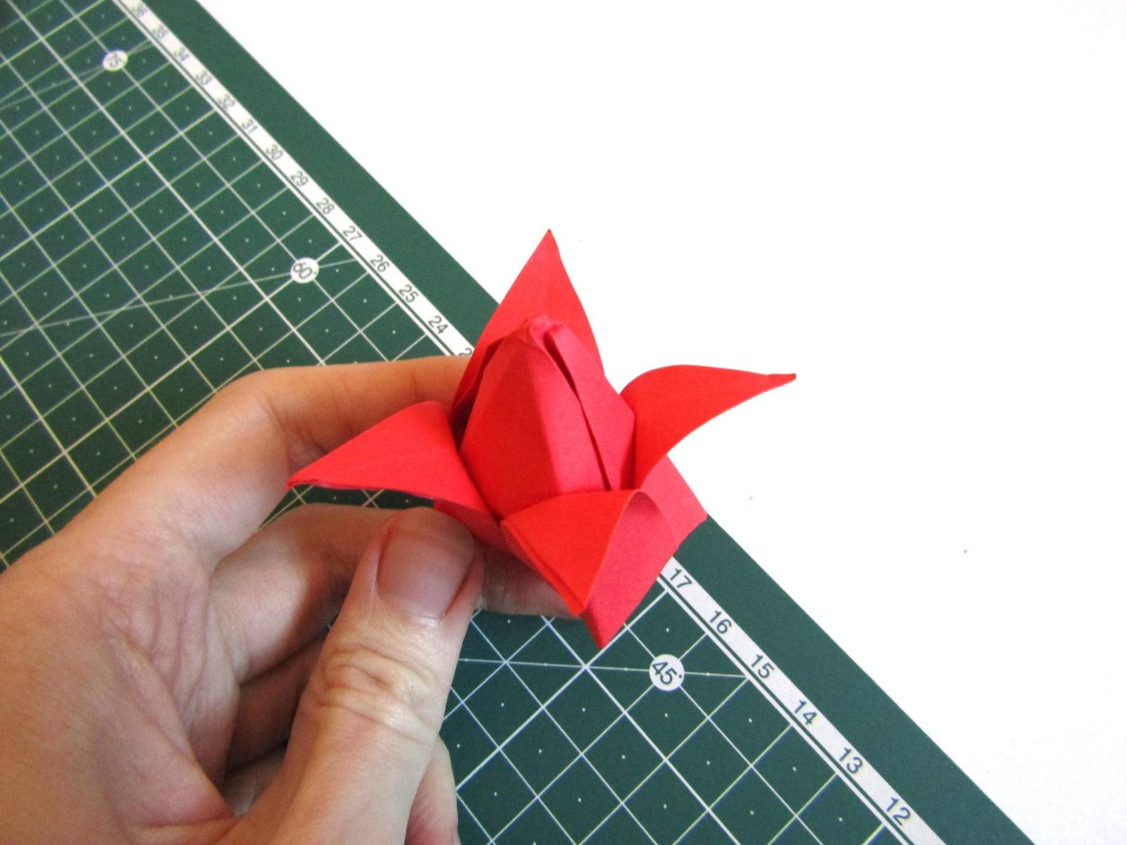 Оригами тюльпан из бумаги -9
