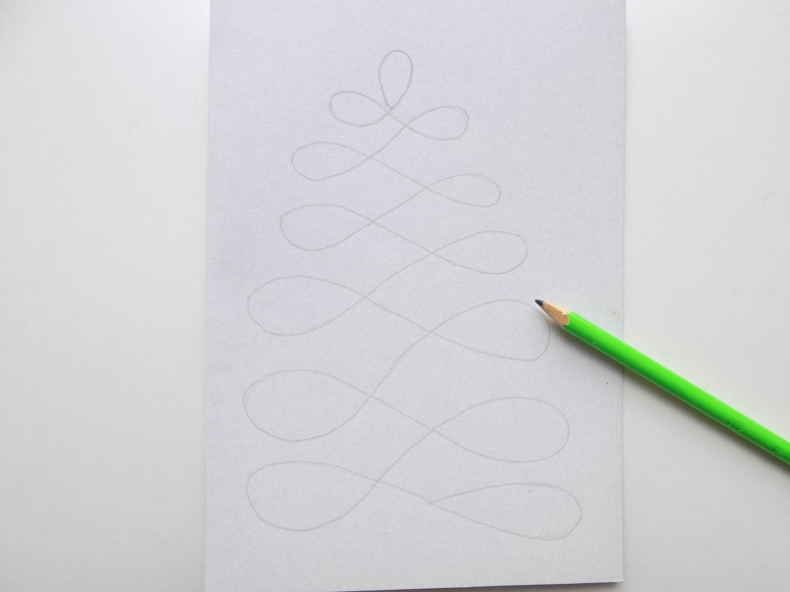 Новогодняя открытка с елочкой из шнура - 2