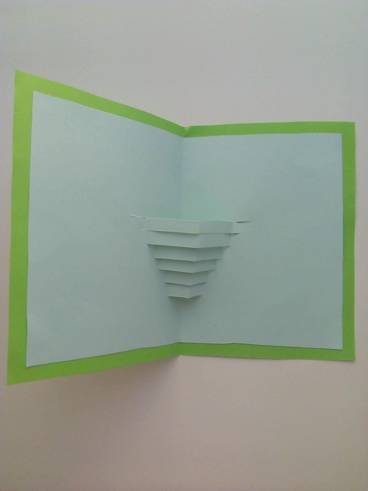 Объемная открытка «Ваза с цветами»-6