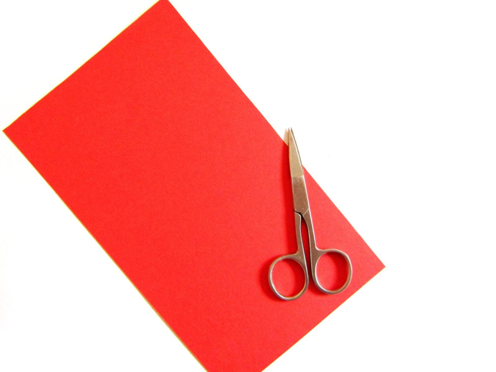 Как сделать открытку в технике квиллинг-2