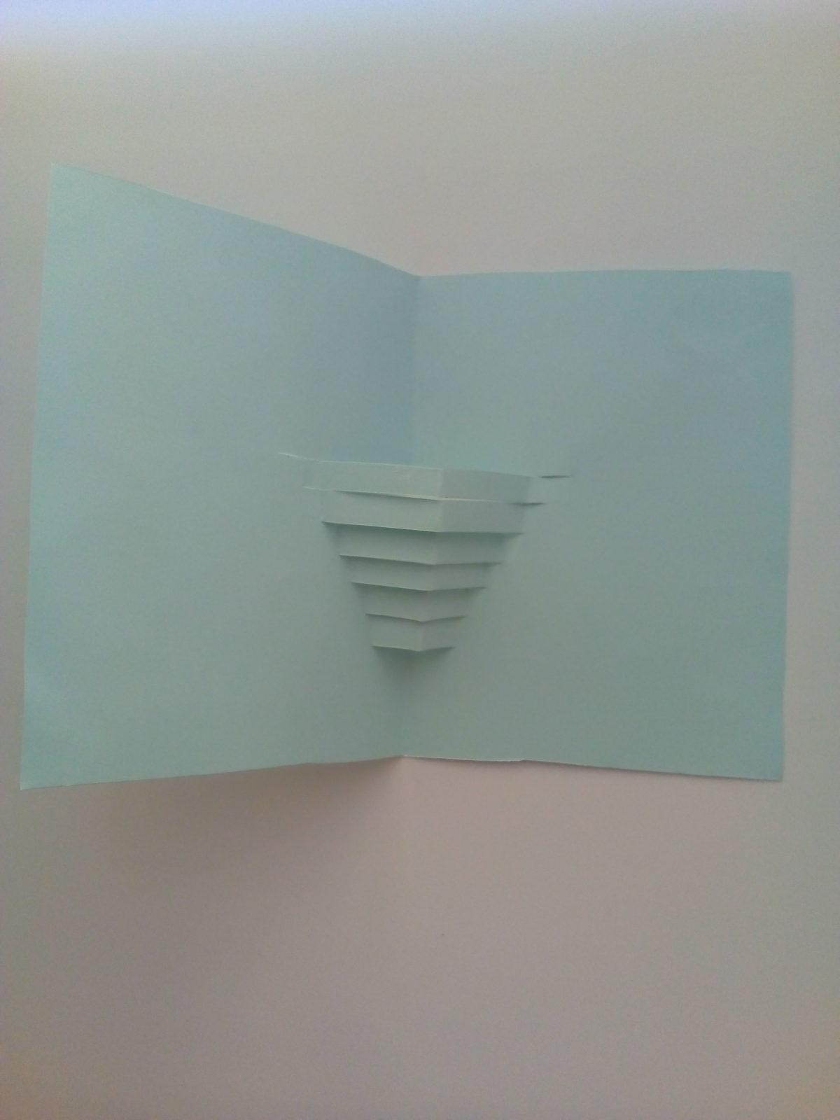 Объемная открытка «Ваза с цветами»-5