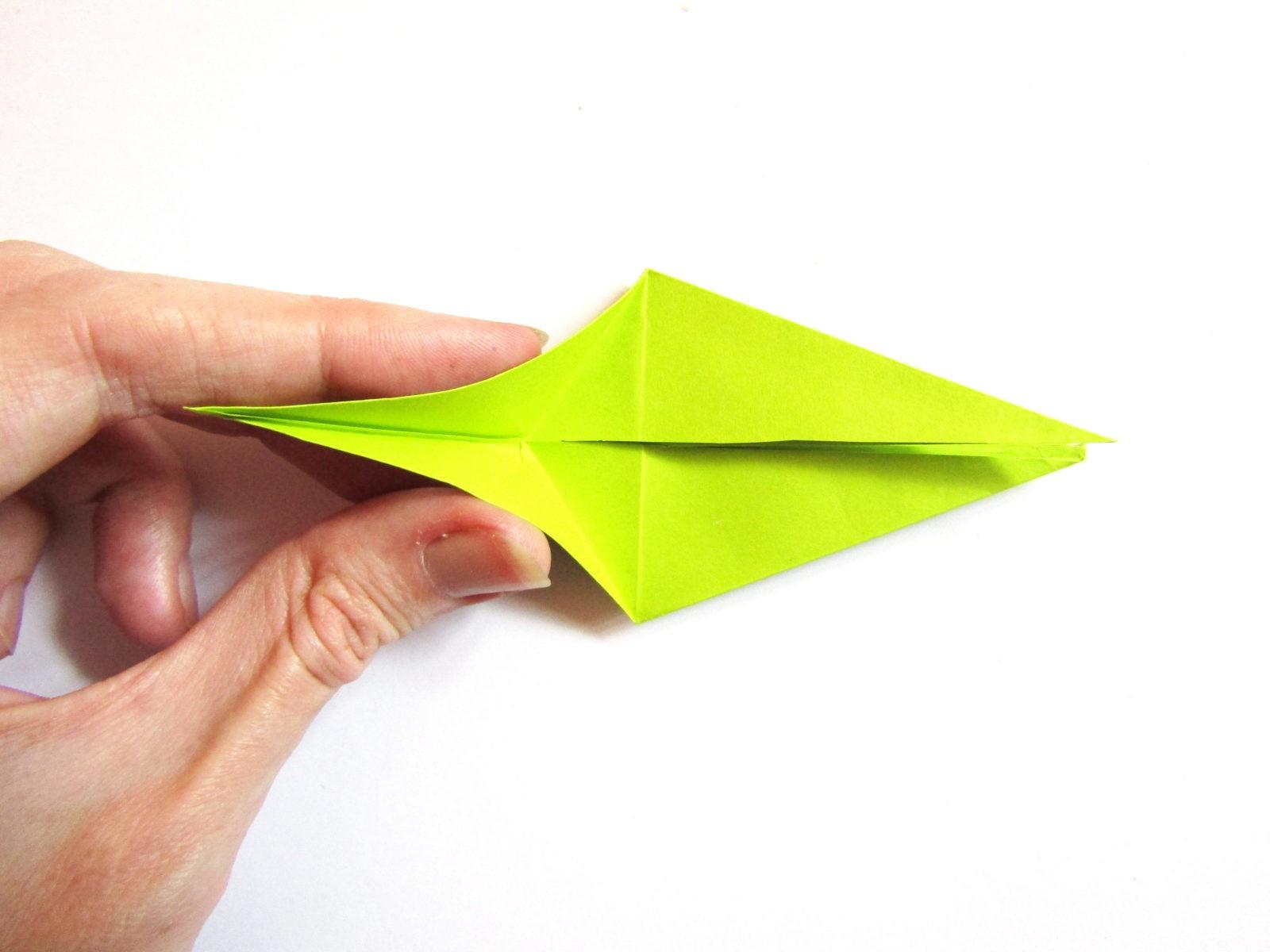 Динозавр оригами из бумаги-11