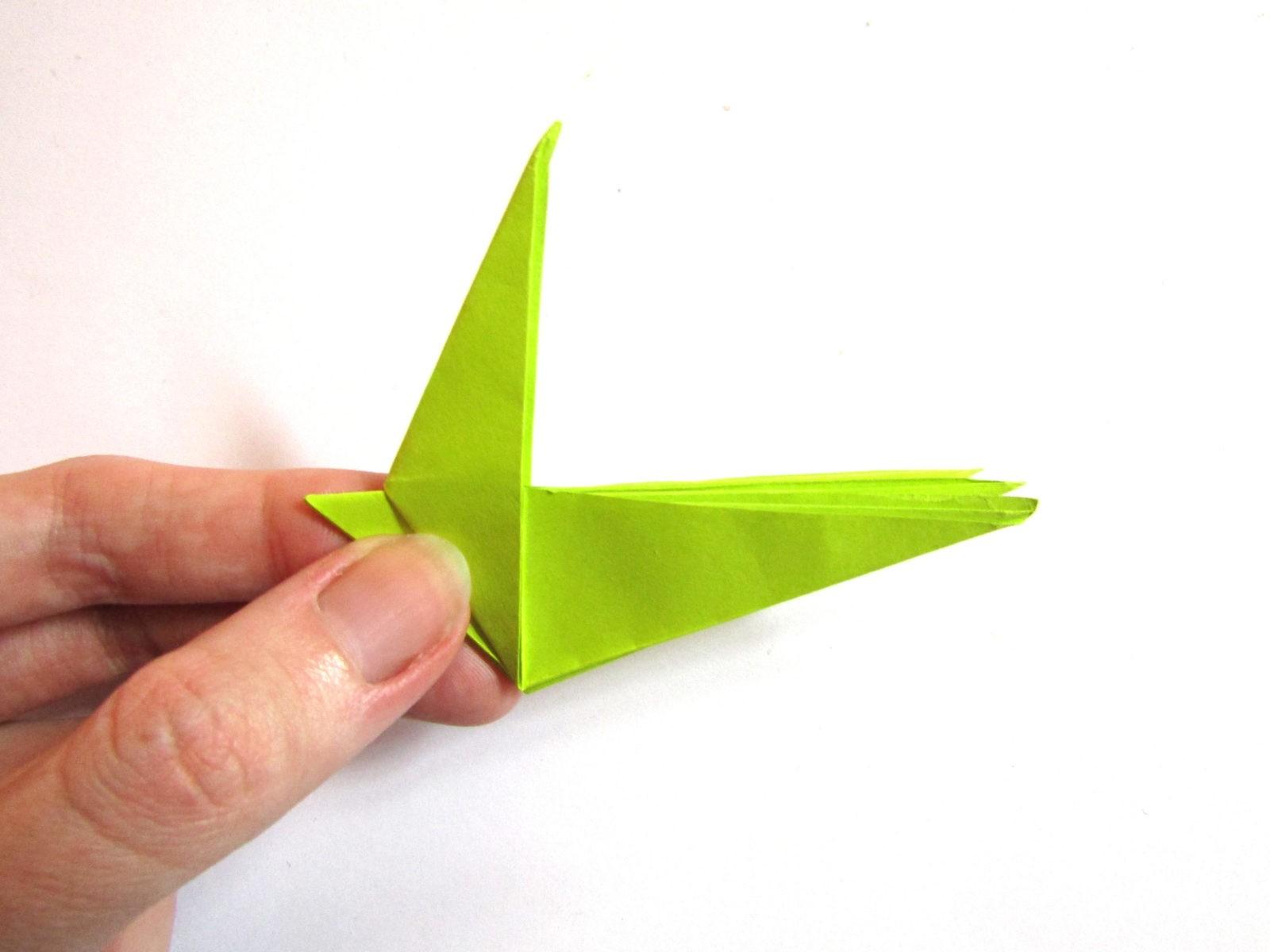 Динозавр оригами из бумаги-12