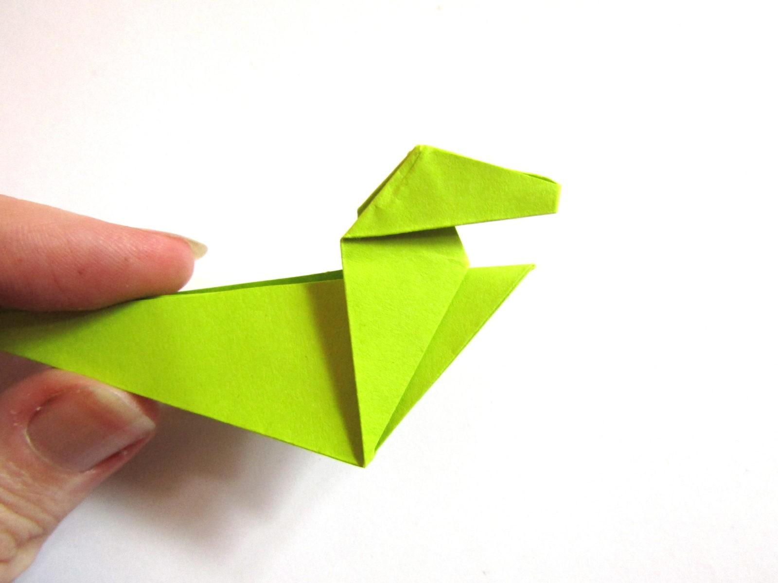 Динозавр оригами из бумаги-16