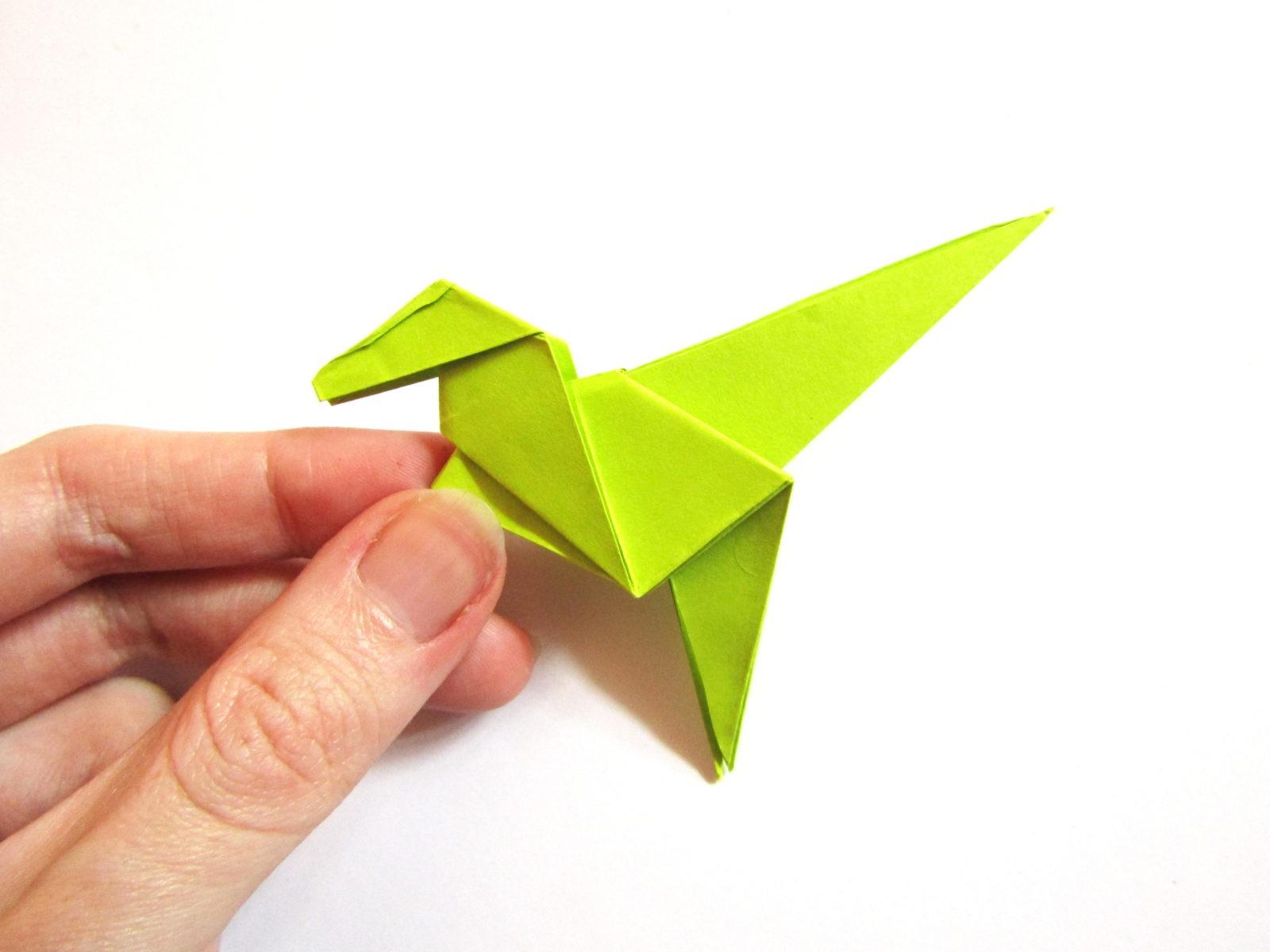 Динозавр оригами из бумаги-20