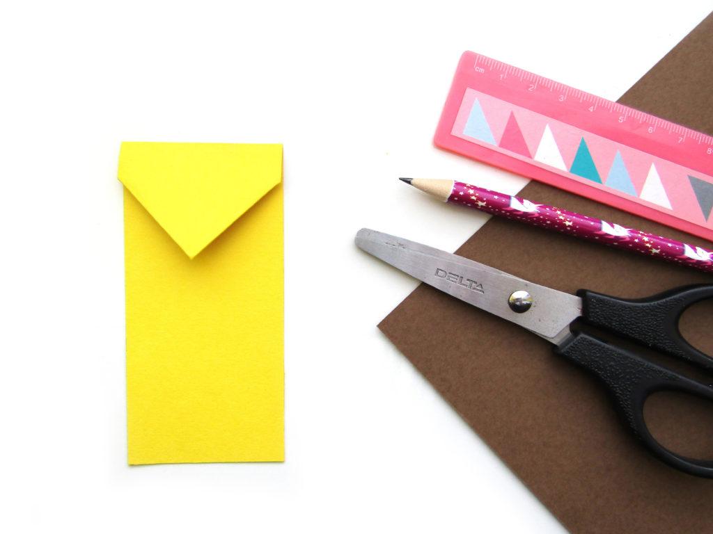 Как сделать ежика из цветной бумаги - 5