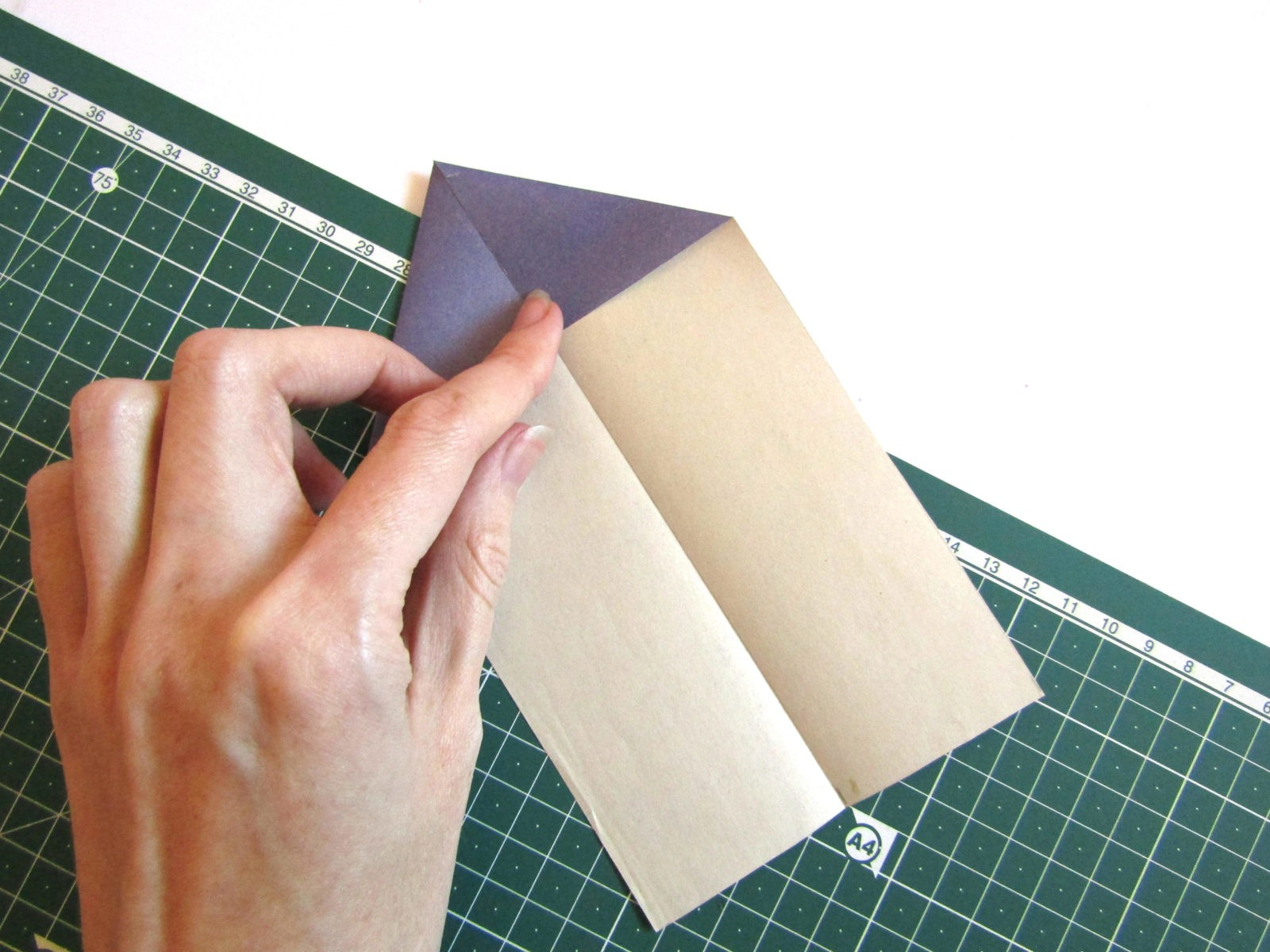 Оригами самолет из бумаги-3