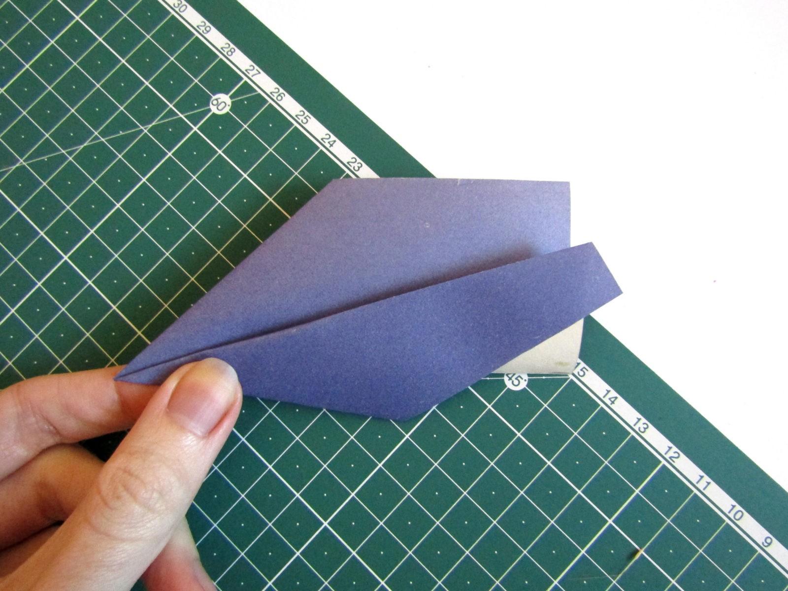 Оригами самолет из бумаги-8