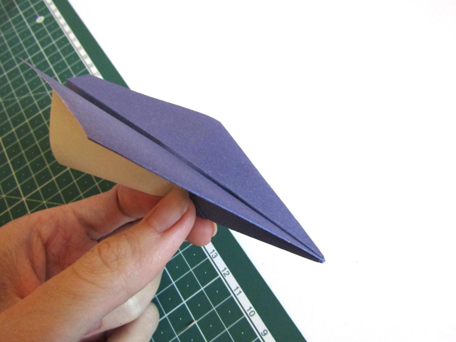 Оригами самолет из бумаги-9