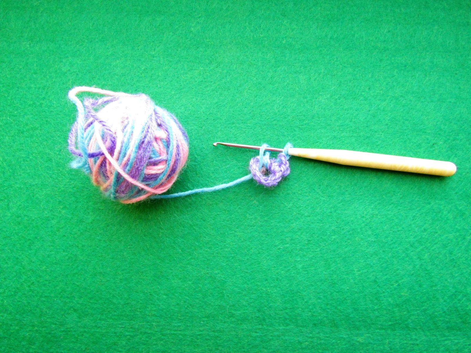 Как связать цветок крючком - 4