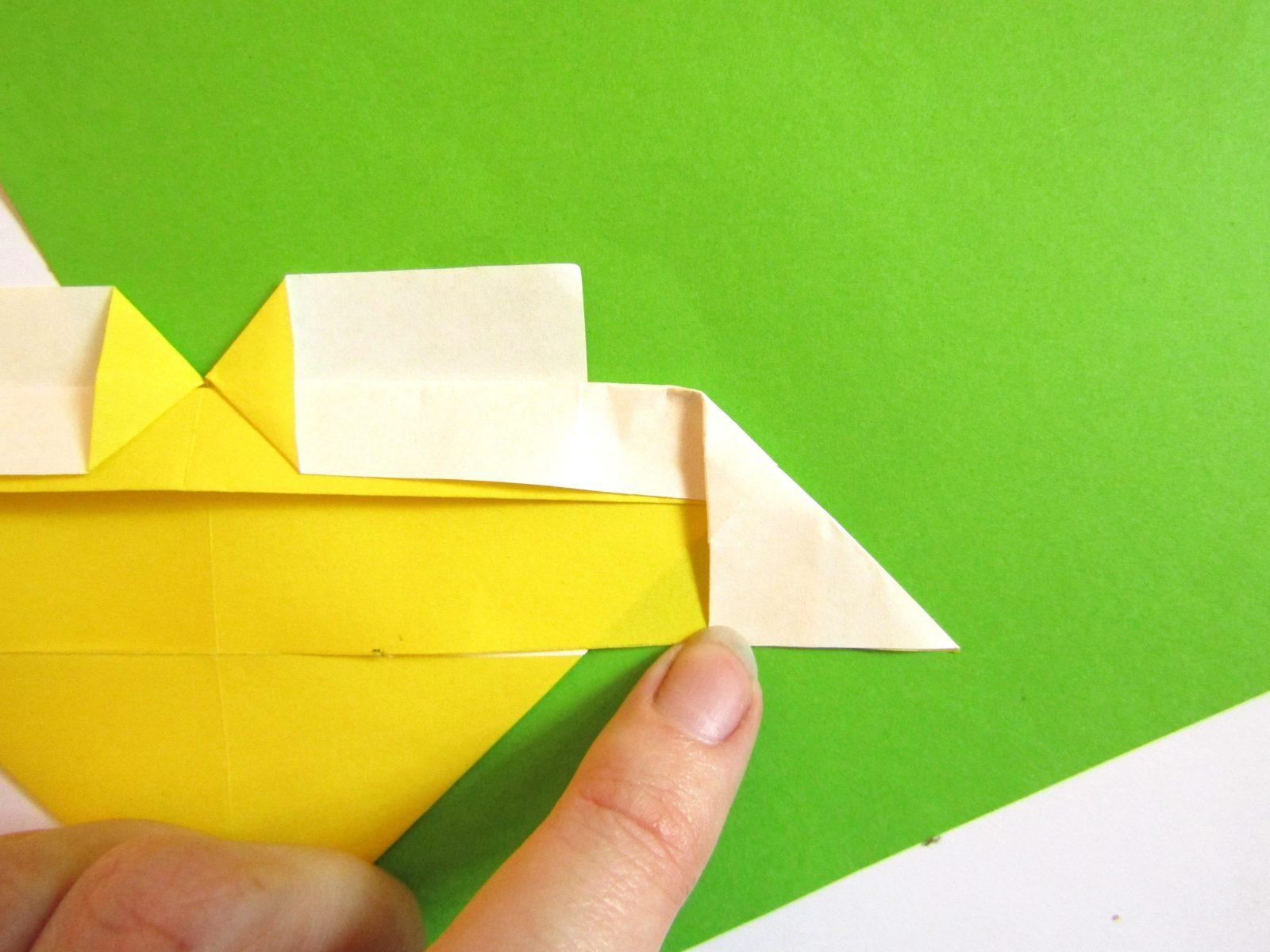 Оригами сердце с крыльями из бумаги - 10