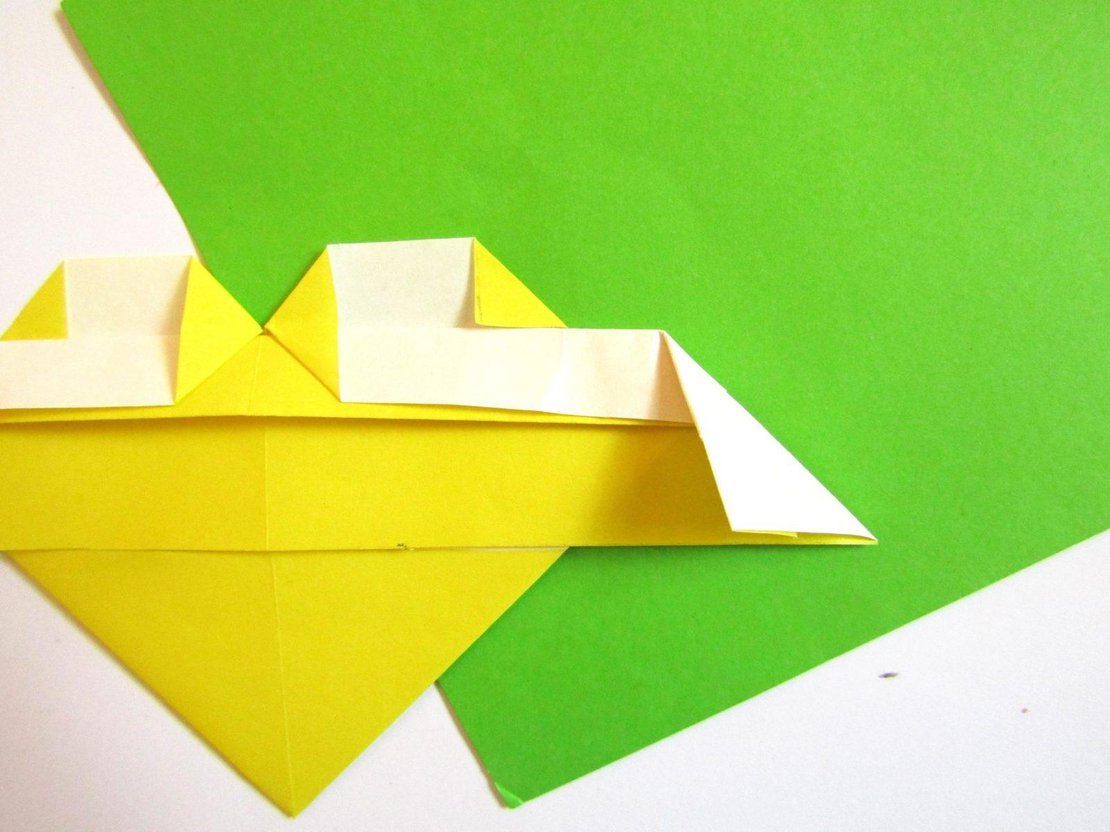 Оригами сердце с крыльями из бумаги - 11