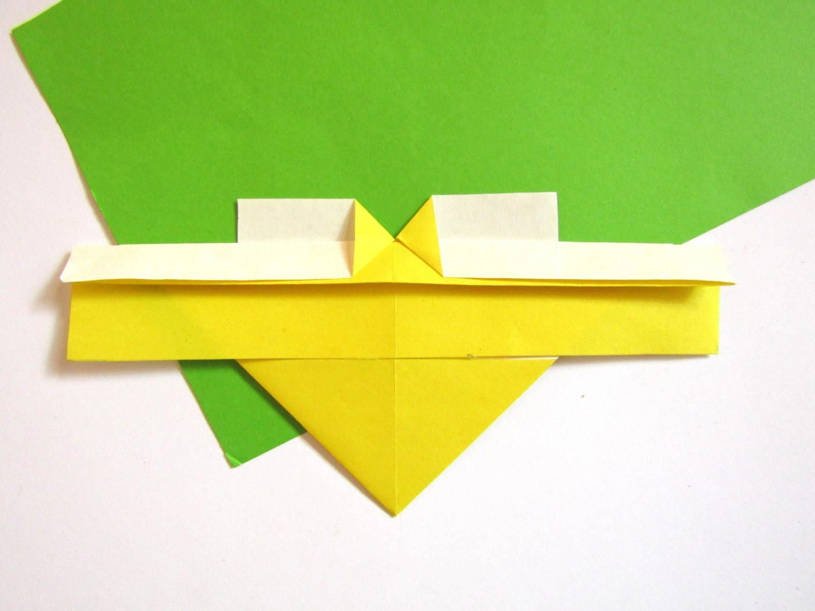 Оригами сердце с крыльями из бумаги - 9